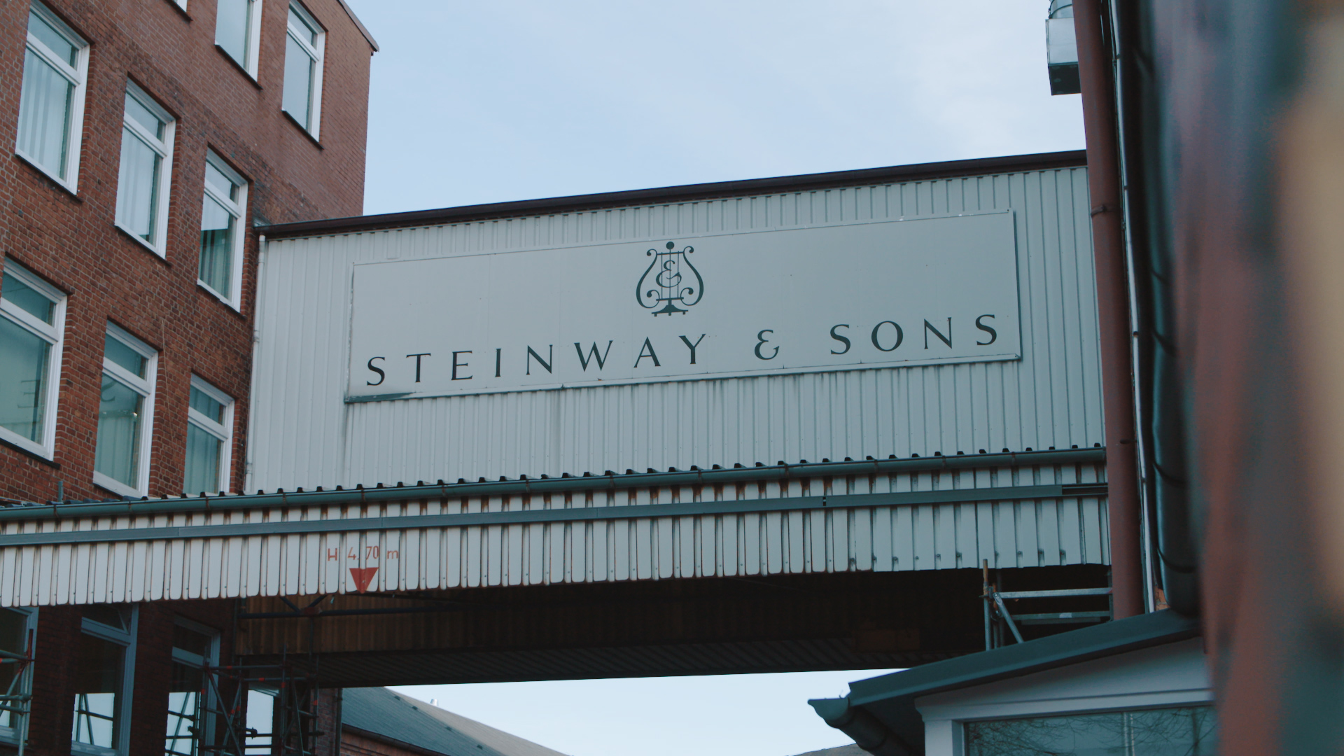 Outside Steinway & Sons factory in Germany - STROMA Films